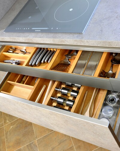 Deep Drawer & Pullout Shelf Divider Kit